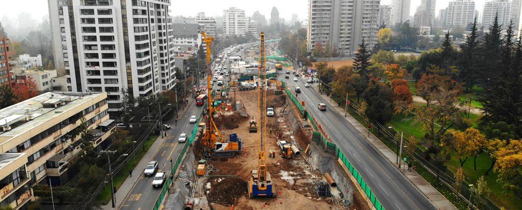 Construcción de la Autopista Vespucio