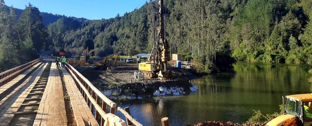 Ejecutamos pilotes pre-excavados puente FUTA